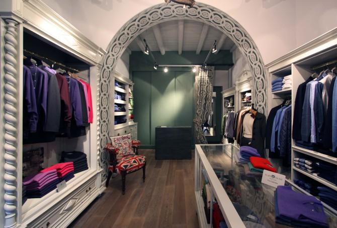 Alan Paine shop