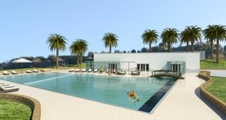 lo spazio all'aperto intorno alla piscina termale